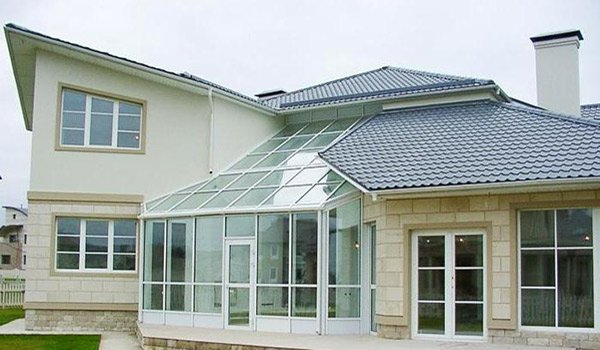 загородный дом в стекле
